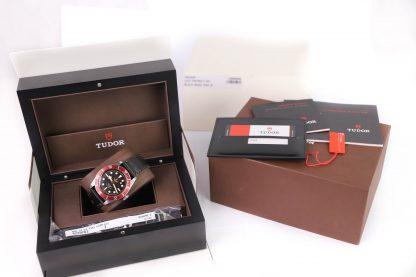Tudor Heritage Black Bay Red 79220R