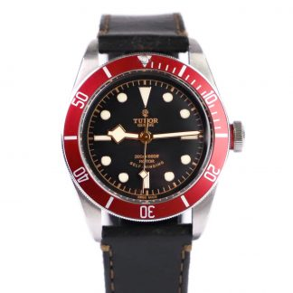Tudor Heritage Black Bay Red 79220R