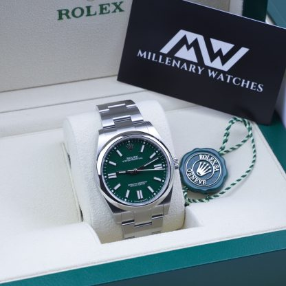 Rolex Oyster Perpetual 41 124300 Green Dial 2020